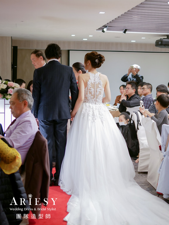 進場造型,新秘花藝,新娘花藝造型,編髮造型,晶華酒店