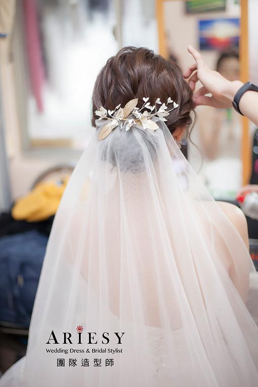 台北新祕,新娘秘書,新娘造型,蓬鬆編髮,白紗造型,自然清透妝感,迎娶造型,推薦新秘