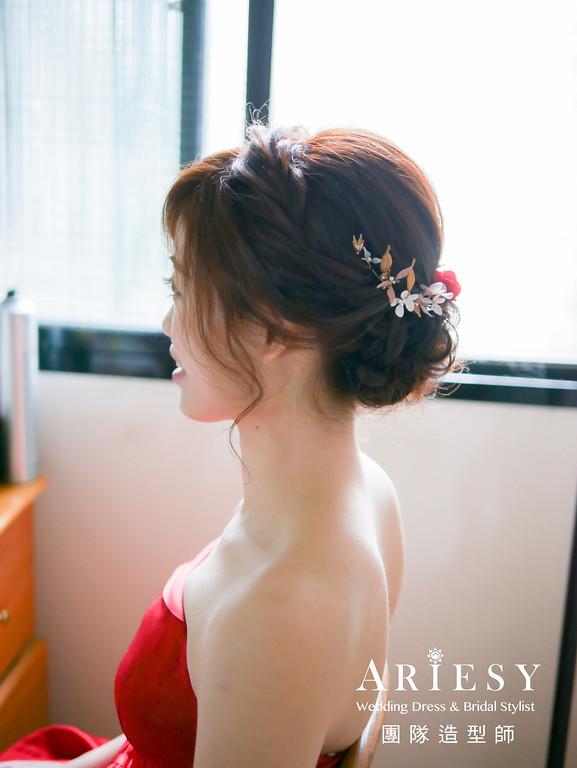 文定造型,不凋花,紅色禮服造型,新娘盤髮,新秘花藝