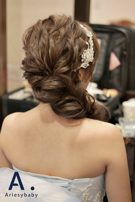 新娘秘書,新娘造型,新秘鮮花,新娘妝感,新娘髮型