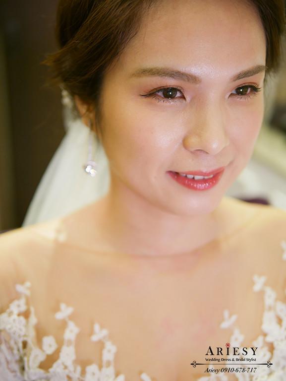 新娘秘書,台北新秘,自然新娘妝感,白紗新娘造型,婚禮造型,新娘髮型