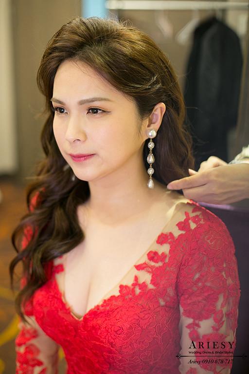 新娘秘書,台北新秘,清透自然妝感,歐美名媛新娘造型,禮服髮型,大波浪髮型