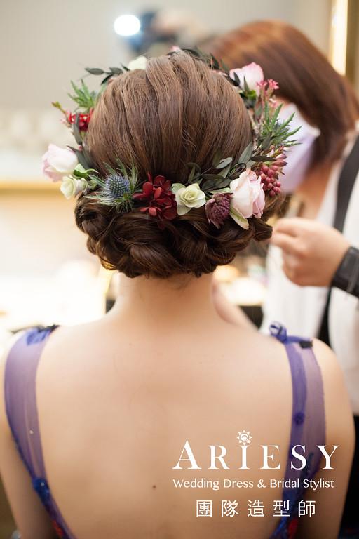 花布禮服造型,送客髮型,深藍色禮服造型,新秘花藝,新娘花圈