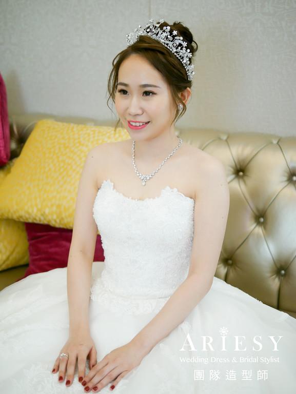白紗進場髮型,新娘編髮造型,歐美風格,新秘,皇冠造型