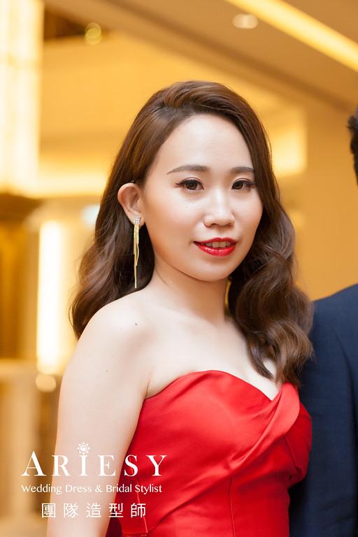 紅色禮服造型,敬酒髮型,新娘時尚髮型,新娘自然妝,歐美風格