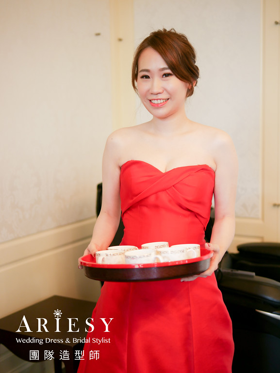 文定髮型,新娘鮮花造型,新娘妝感,新娘髮型,紅色禮服造型