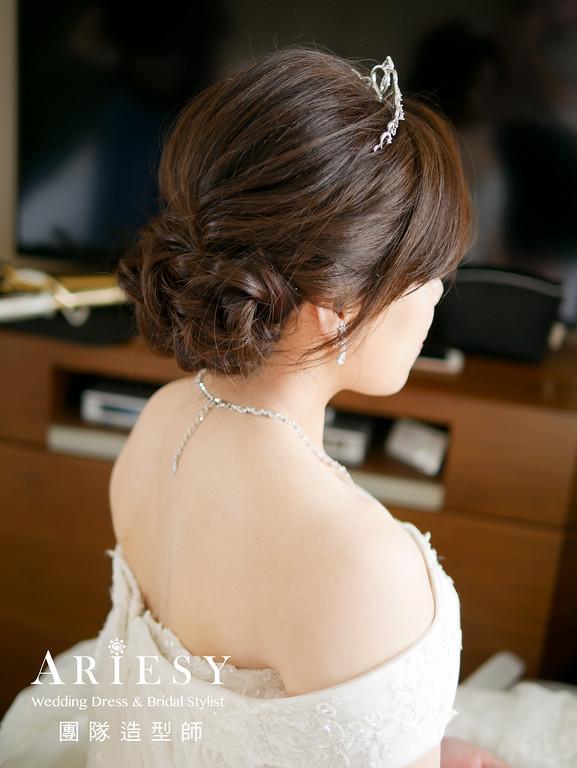 新娘進場白紗造型,短髮新娘,新娘髮型,新娘妝,台北新秘