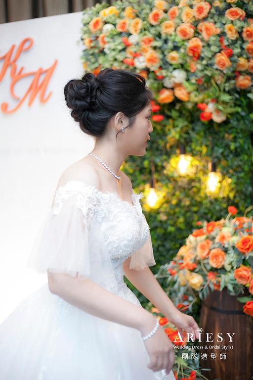 台北新祕,新娘秘書,新祕,新娘造型,自然清透妝感,白紗造型,蓬鬆編髮,黑髮新娘,新娘髮型