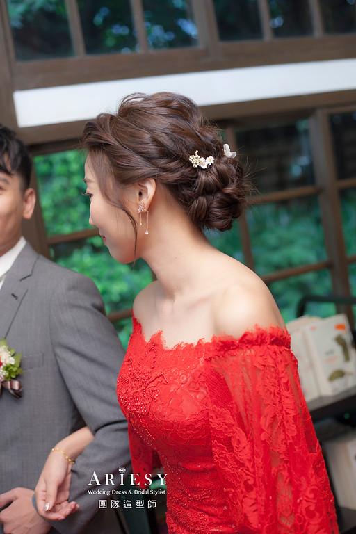 台北新祕,新娘秘書,新娘造型,自然清透妝感,蓬鬆編髮盤髮,,新娘髮型,花藝飾品,新祕