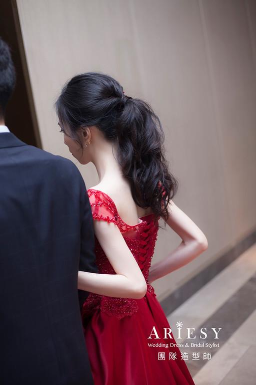 台北新祕,新娘秘書,新娘造型,馬尾造型,敬酒造型,自然清透妝感,黑髮新娘,黑髮造型,萬豪婚宴