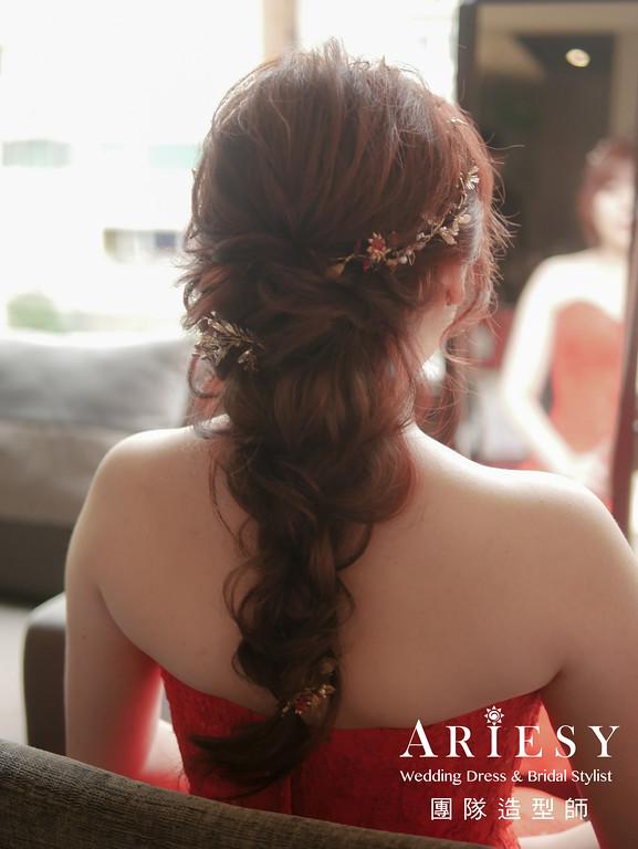 文定髮型,編髮造型,新秘,花藝造型,紅色禮服造型