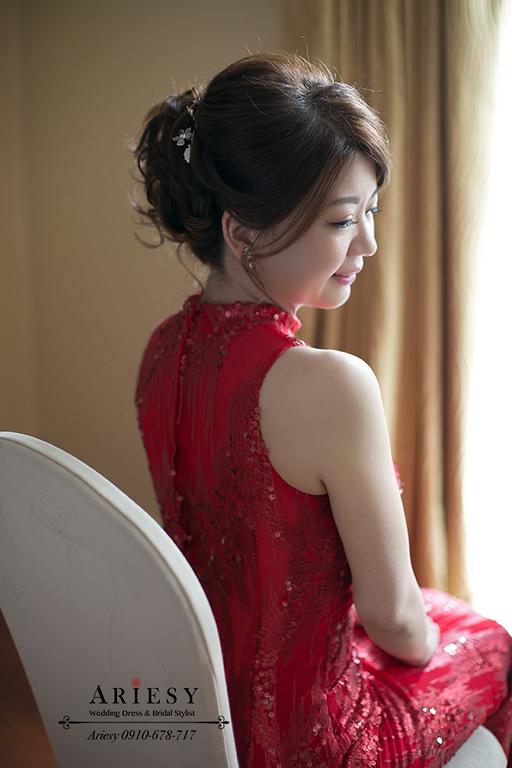 訂婚造型,新娘蓬鬆盤髮,愛瑞思新秘,台北新娘秘書,紅色禮服髮型,歐美新娘髮型,Ariesy愛瑞思品牌訂製手工婚紗