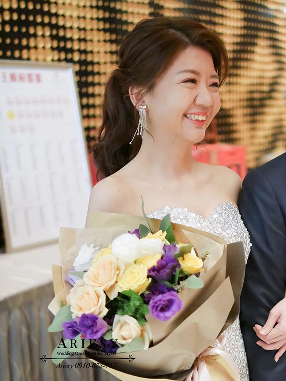 Ariesy愛瑞思婚紗,新娘馬尾造型,銀色魚尾禮服,大倉久和婚宴,台北新秘推薦,新娘髮型,敬酒造型