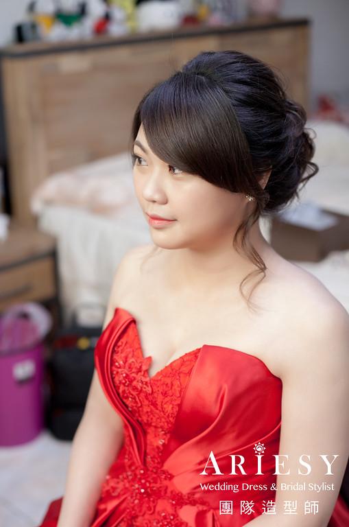 文定造型,紅色禮服造型,新娘編髮,新娘妝,新娘手工飾品