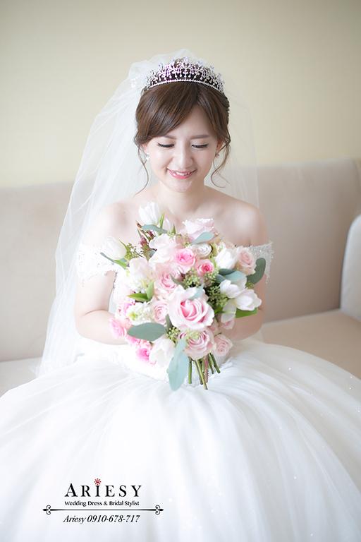 韓風新娘白紗造型,日系新娘,皇冠,愛瑞思,Ariesy,大倉久和,新娘捧花