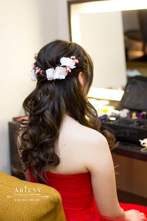 Ariesy造型團隊,歐美新秘,台北新娘秘書,鮮花造型,低盤髮