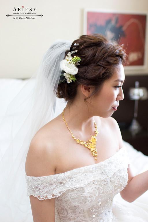 Ariesy造型團隊,歐美新秘,台北新娘秘書,鮮花新娘造型,鬆鬆線條盤髮
