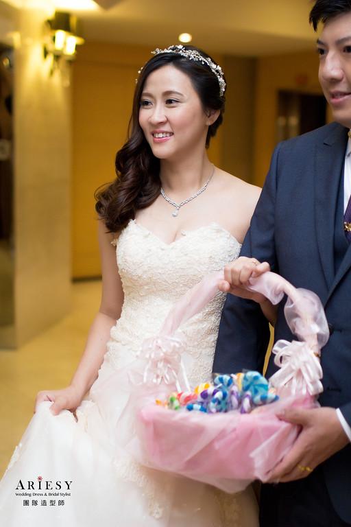Ariesy造型團隊,編髮造型,台北新娘秘書,丸子頭造型,俐落造型