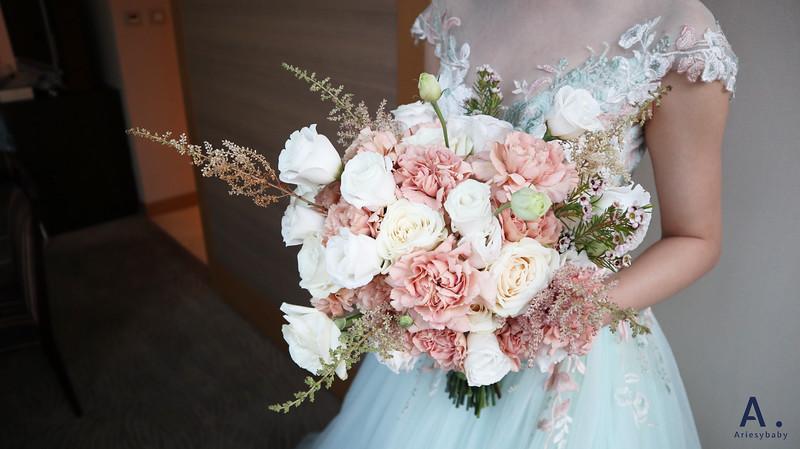 Ariesybaby造型團隊,短髮新娘,台北新祕,新娘造型, ARIESY愛瑞思品牌訂製手工婚紗,鮮花捧花