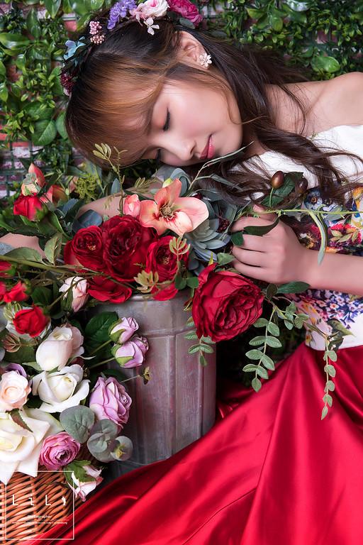 新娘秘書,新娘頭花,紅色禮服造型,新娘妝,新娘髮型