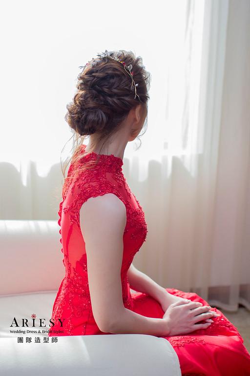 Ariesy造型團隊,鬆鬆線條盤髮,台北新娘秘書,鮮花造型,空氣感造型