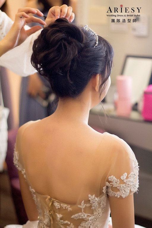 黑髮新娘造型,新娘妝感,新娘秘書,台北新秘,細軟髮新娘造型