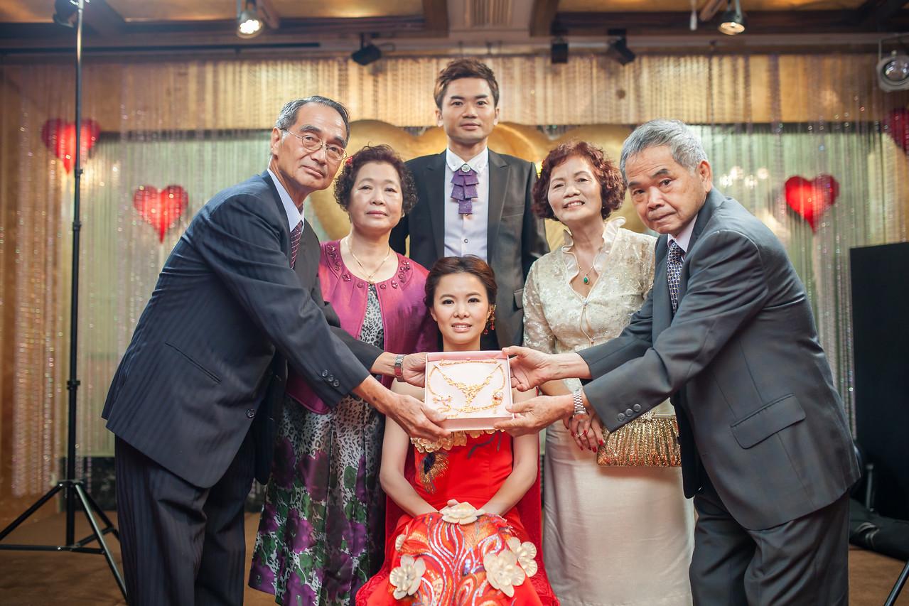 《台北婚攝》 甜蜜的幸福依偎 / 台北陶園經典飯店