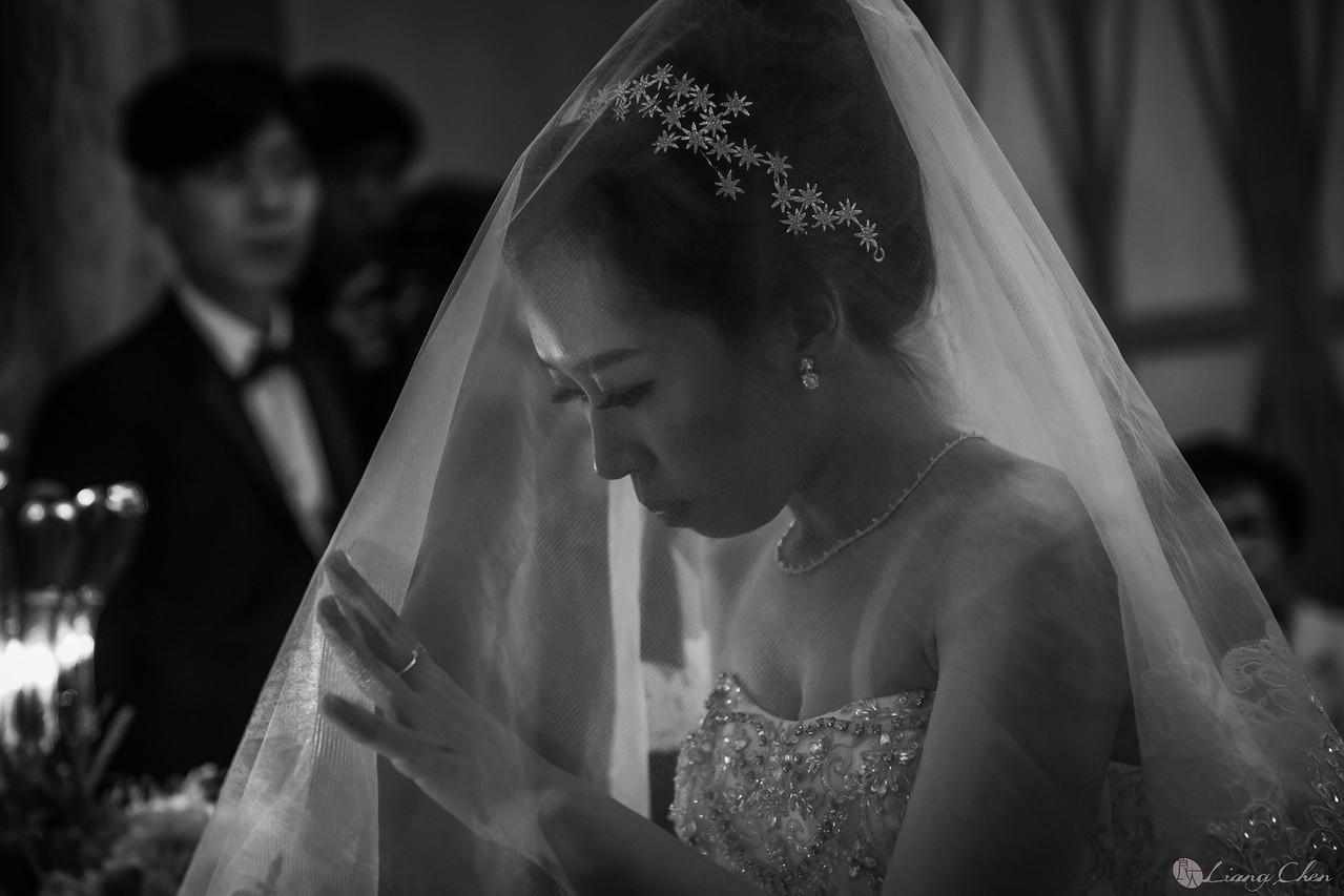 自主婚紗,Pre-Wedding,獨立婚紗,自助婚紗,海外婚禮, 海外婚紗,婚紗攝影,,image ,Wedding photo,pre wedding,bride, 婚攝,台北攝影師,台灣攝影師,婚紗攝影師,婚紗攝影工作室,良大LiangChen,婚禮攝影, 婚禮紀錄,婚禮,婚紗,攝影,白紗,禮服, 婚禮攝影,婚禮拍照,拍婚紗,拍婚禮,結婚迎娶,訂婚儀式,人像婚紗, 個性時尚婚紗, Howbon Floral Design 好棒花藝,新娘捧花,Alisha&Lace 愛儷紗&蕾絲手工婚紗,棚內婚紗照,肖像婚紗,陽明山,造型師Vivi Makeup Studio,造型師瑋翎,造型師Nina楊夢稊, 白紗禮服,量身訂制白紗禮服,棚內婚紗,復古婚紗,, 陽明山拍婚紗 ,北投龍鳯谷,淡水莊園,婚紗攝影基地,新郎闖關,文華東方酒店