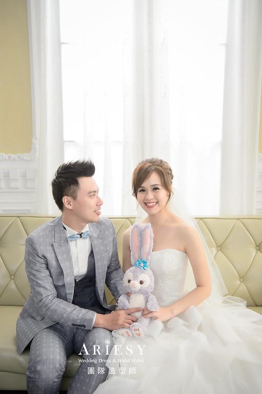 婚紗包套,新娘造型,新娘髮型,蓬鬆編髮,白紗造型,自然清透感妝