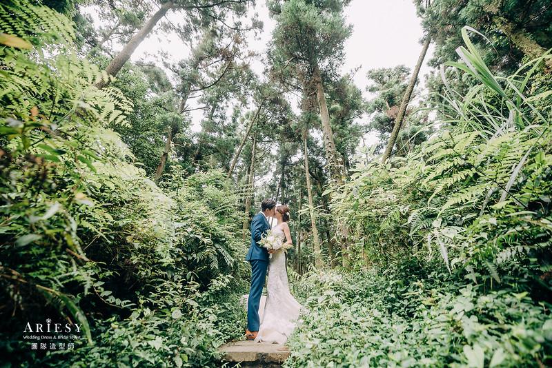 婚紗包套,新娘造型,新娘髮型,蓬鬆編髮,白紗造型,自然清透感妝,攝影師大嘴,鮮花新祕