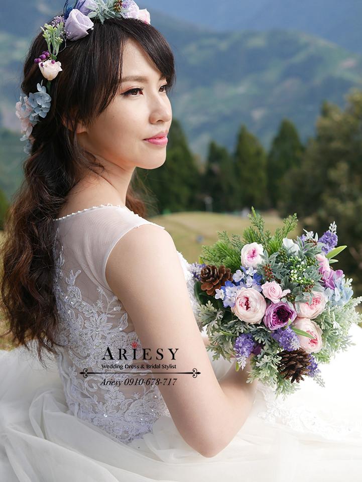花圈造型,鮮花造型,婚紗拍攝,單眼皮新娘,婚紗攝影,婚紗造型,ariesy,青青草原