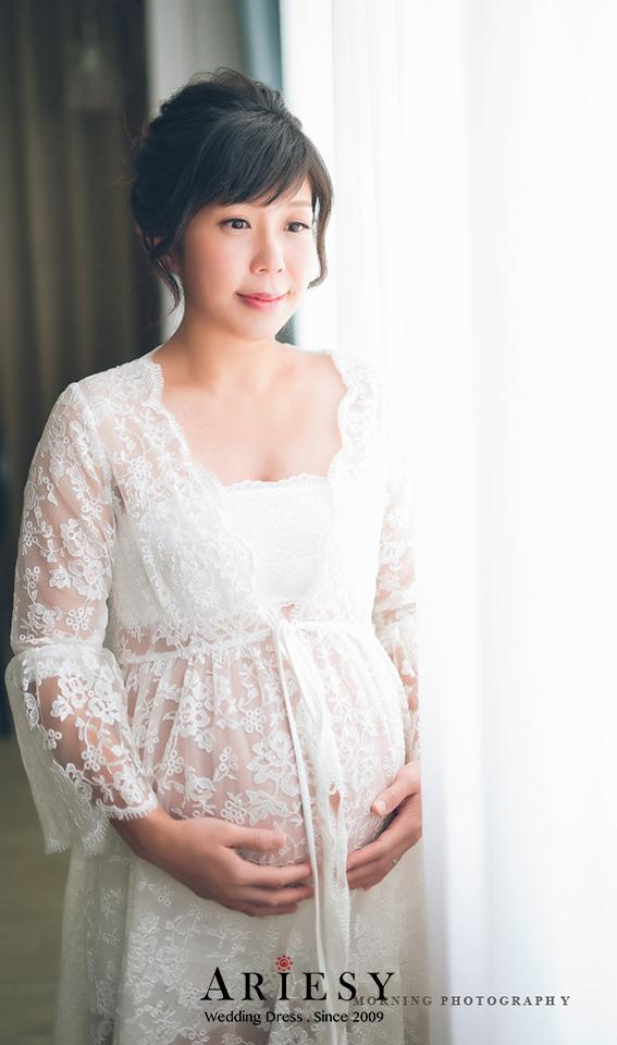 禮服出租,婚紗禮服工作室,新莊自助婚紗,手工婚紗,白色透膚蕾絲罩衫,孕婦寫真,全家福寫真