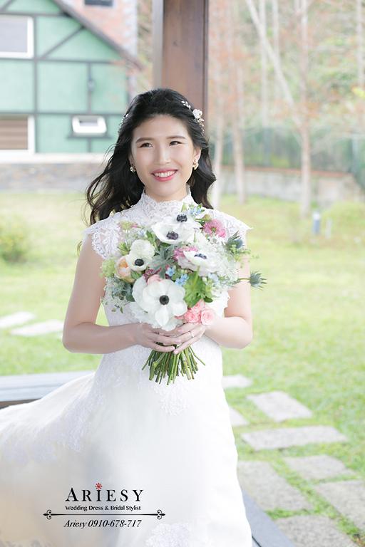 骨董白紗,歐美風新娘,戶外婚禮,新娘捧花,美式婚禮,歐美風自然捲黑髮新娘造型
