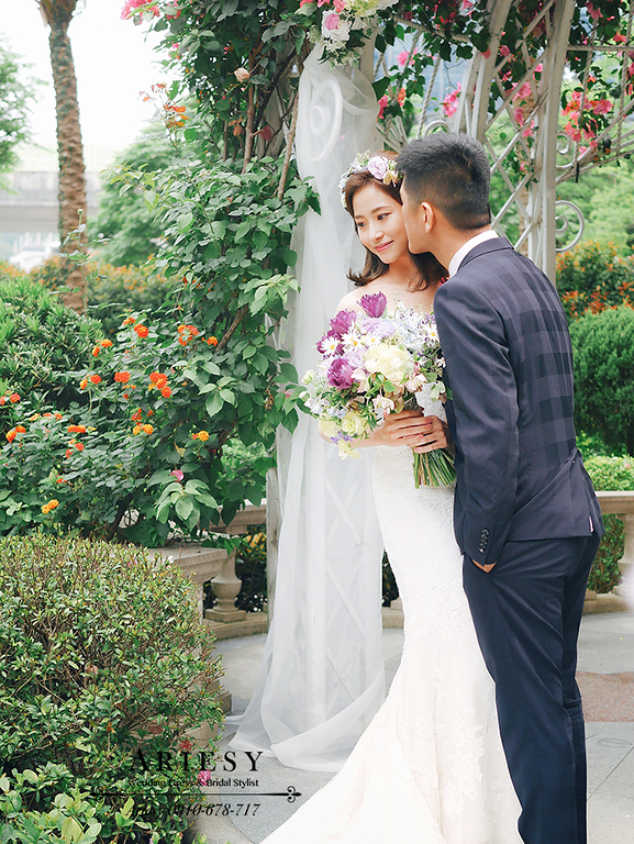 戶外婚禮,美式婚禮,美式新秘,新娘髮型,新娘造型,維多麗亞酒店,鮮花新秘,,短髮新娘愛瑞思,ARIESY
