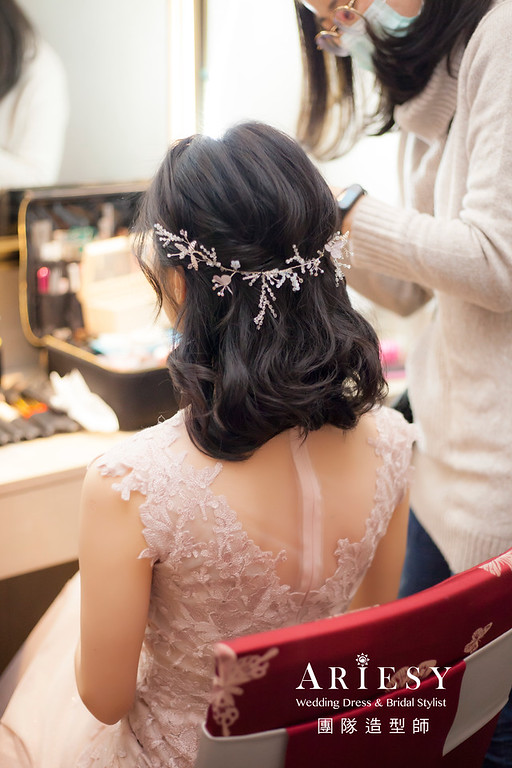 台北新祕,新娘秘書,新娘造型,黑髮新娘,短髮造型,蓬鬆編髮,新祕,新祕推薦