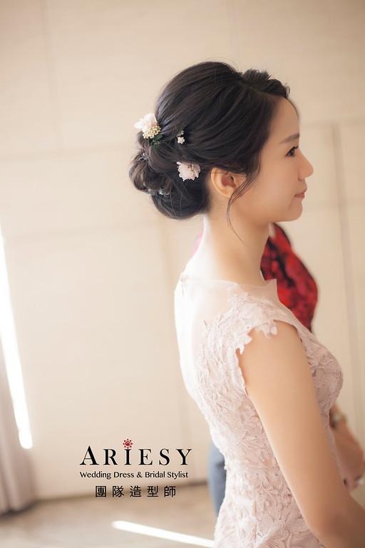 台北新祕,新娘秘書,新娘造型,黑髮新娘,短髮造型,蓬鬆編髮,盤髮造型,花藝新祕