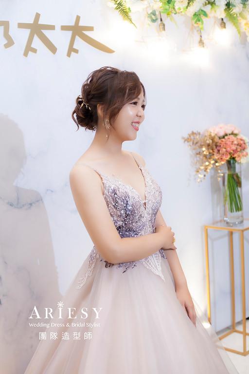 推薦新祕,新娘秘書,新娘造型,自然清透妝感,蓬鬆編髮,新娘髮型,新祕