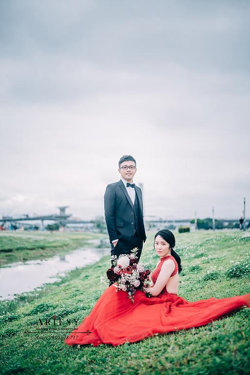 ARIESY手工婚紗,婚攝大嘴,新愛瑞思新娘秘書團隊,新莊攝影工作室,V領美背手工婚紗,紅色削肩露背晚宴服