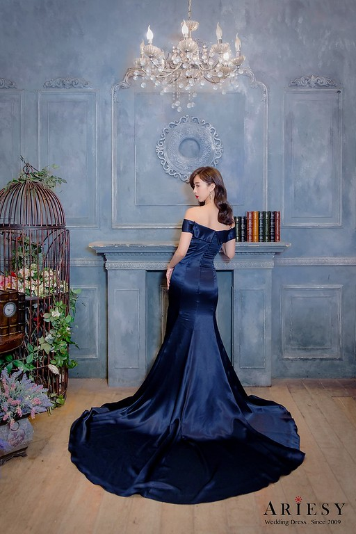 ARIESY手工婚紗,婚攝大嘴,愛瑞思新娘秘書團隊,新莊攝影工作室,長袖蕾絲小立領魚尾白紗,紫灰色V領晚宴服,深藍色緞面魚尾晚宴服