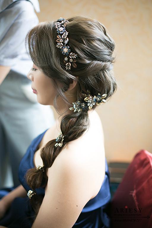編髮造型,藍色禮服,新娘造型,新娘髮型,台北新秘,新娘編髮