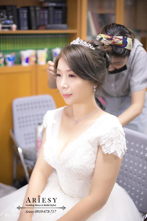 教會新娘造型,教會婚禮,板橋教會婚禮,新娘白紗長頭紗,台北新秘,新娘髮型