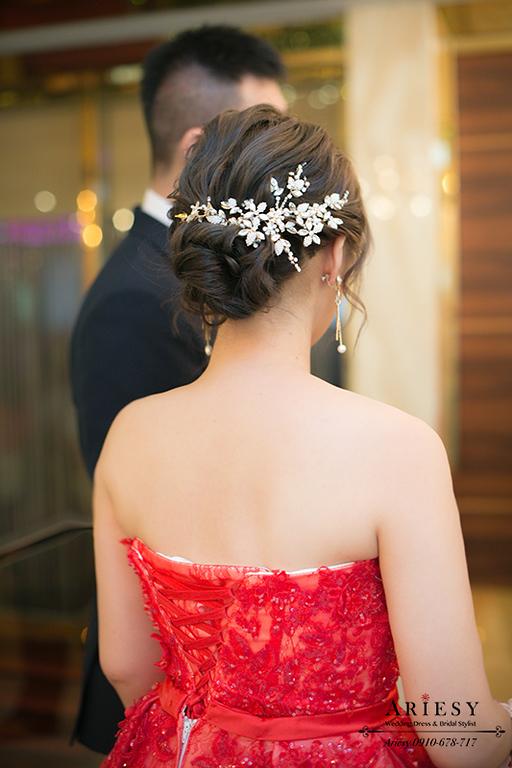 紅色禮服,線條髮型,敬酒造型,新娘造型,台北新秘