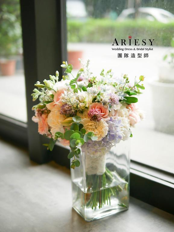 新娘捧花,鮮花新祕,宴客手作捧花,客製化捧花,婚宴捧花