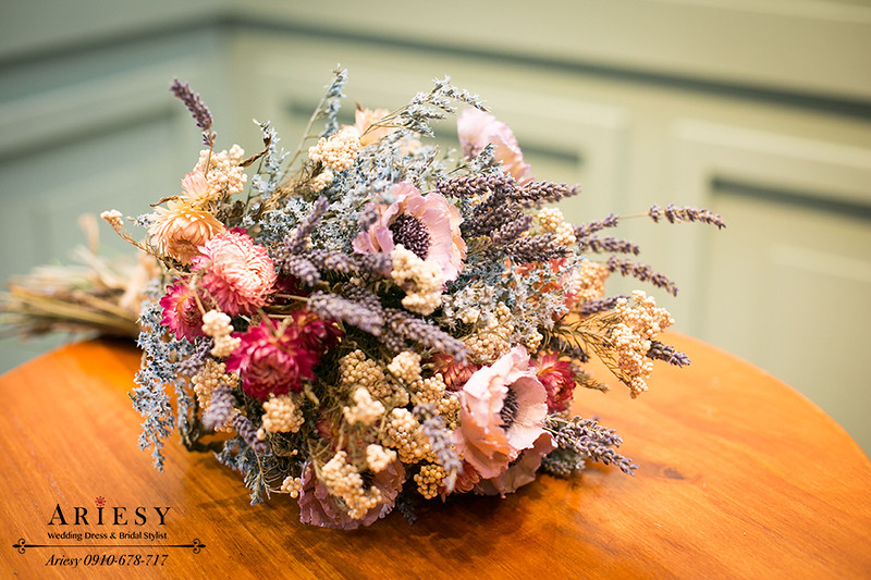 新娘捧花,紫色系,薰衣草,乾燥花,Bridal bouquet,愛瑞思鮮花新秘
