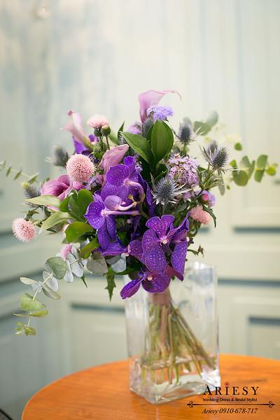 新娘捧花,歐美不規則捧花,萬代蘭粉色薊花,Bridal bouquet