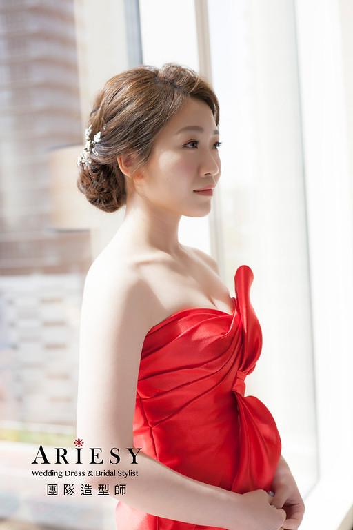 文定造型,編髮造型,新祕,新娘秘書,新娘造型,自然清透妝感,紅色禮服造型