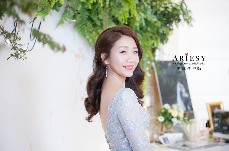 新娘髮型,編髮造型,新祕,新娘秘書,新娘造型,自然清透妝感,放髮造型