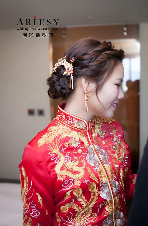 中式新娘造型,新祕,新娘髮型,龍鳳掛造型,迎娶造型,新娘祕書,推薦新祕