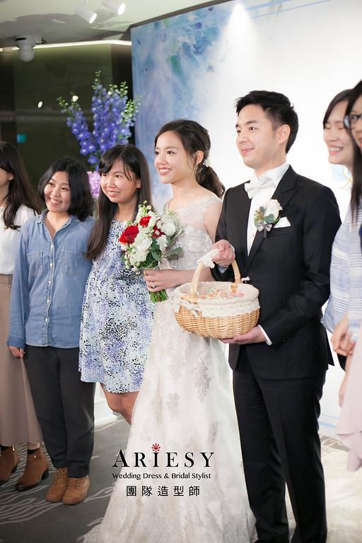 編髮造型,新娘祕書,新娘造型,新祕,清透妝感,花藝飾品,黑髮新娘造型