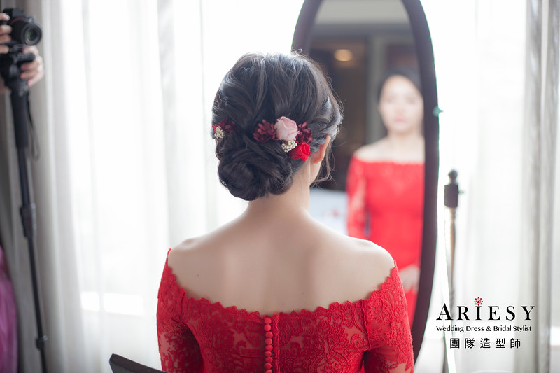 文定造型,黑髮新娘造型,編髮造型,花藝飾品,中式旗袍造型,新娘祕書,清透妝感